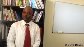 Serra Bango, gestor de programas da Associação Justiça Paz e Democracia