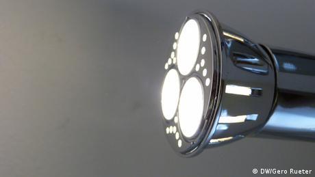 LED bulb (DW/Gero Rueter)