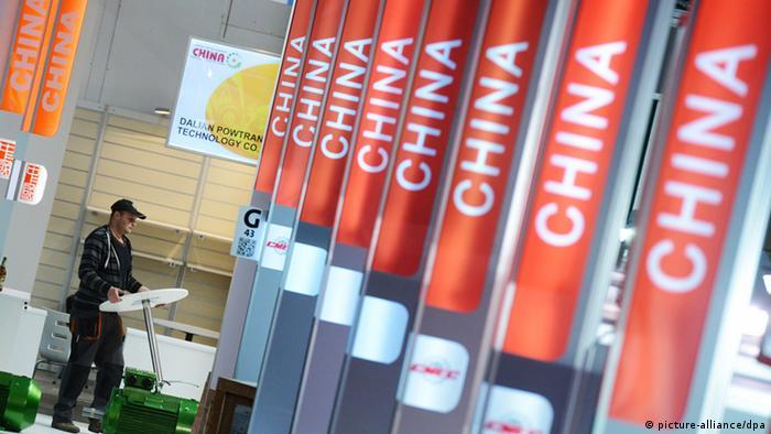 Symbolbild China Deutschland Visum Geschäftsreisende