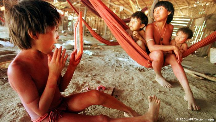 Indígenas ianomâmis em Roraima