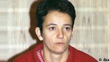 Birgit Hogefeld Im Prozess gegen das RAF-Mitglied Birgit Hogefeld (Foto vom 15.11.1994) wird das Oberlandesgericht Frankfurt am Dienstag (5.11.96) das Urteil verkünden. Die Bundesanwaltschaft hat nach fast zweijährigem Prozess für die 40jährige die Höchststrafe gefordert: lebenslange Haft. dpa COLORplus