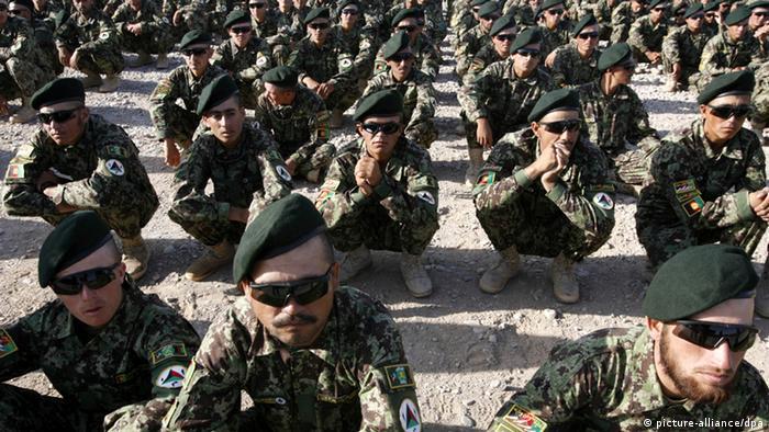 مراسم پایان دوره آموزشی سربازان ارتش ملی افغانستان در هرات
