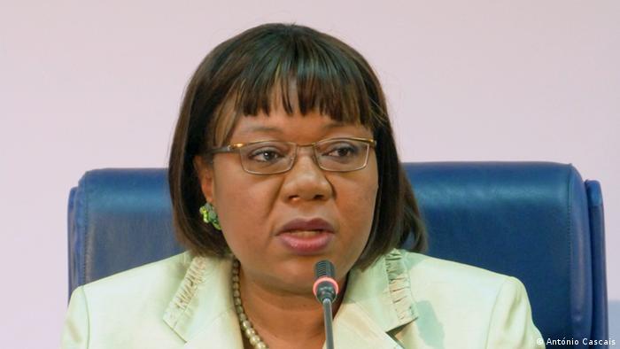 Júlia Ferreira, antiga porta-voz da CNE angolana