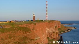 Die roten Felsen von Helgoland (Foto: DW/Irene Quaile-Kersken)
