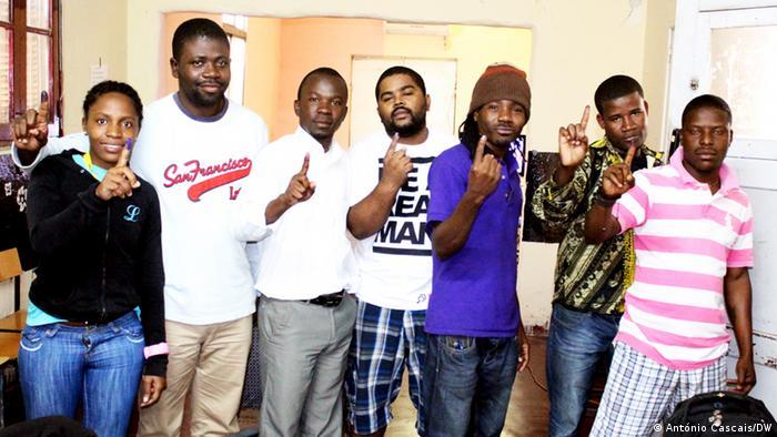 Jovens angolanos anti-regime