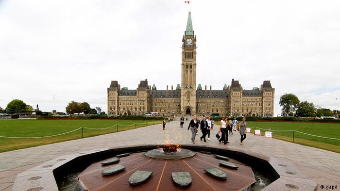 Ottawa - Tower of Victory and Peace (dapd)