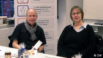 Ernst Lorenzen (l.) and Brigitte van der Velde of the Alogos self-help group in Oldenburg. (Photo: VHS Oldenburg)