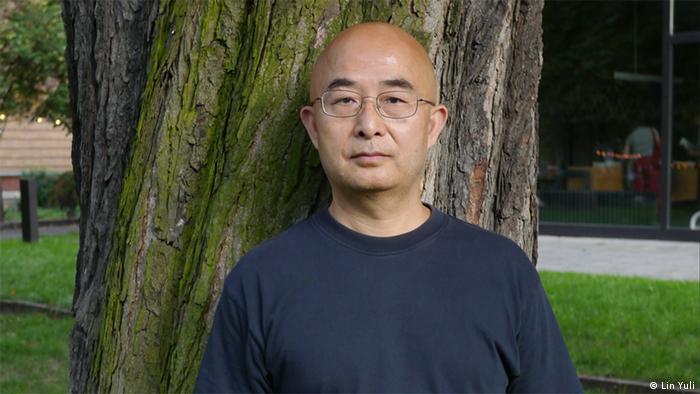 Der chinesische Schriftsteller Liao Yiwu hält die Eröffnungsrede bei dem Literaturfestival Berlin Datum: 04.09.2012 Ort: Berlin ©Lin Yuli