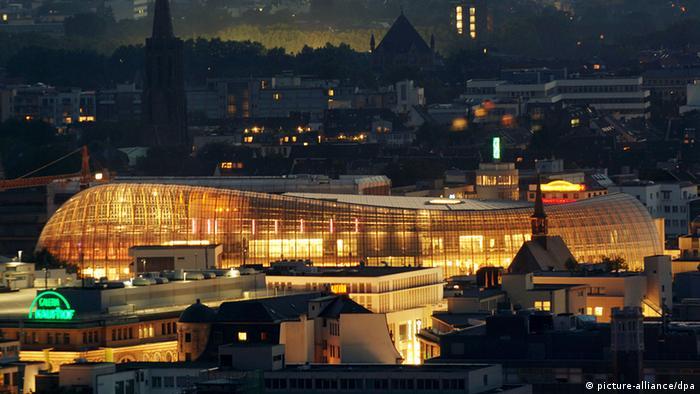 Фотография здания Weltstadthaus в Кëльне