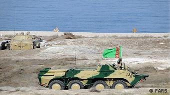 Turkmenistan military maneuver (picture: FARS)
