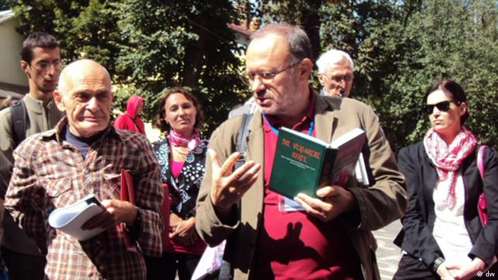 Перекладачі Марк Бєлорусець та Петро Рихло під час фестивалю Meridian Czernowitz, 8 вересня 2012