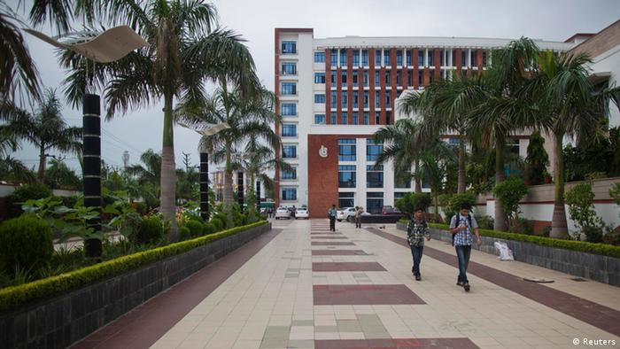 India Menagment Schulen Boom (Reuters)