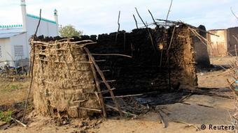 A burnt house in Kilelengwani village in Tana River Delta (Photo: REUTERS/Charles Makunda