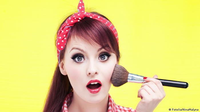 Teenager Makeup Rot