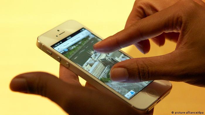 iPhone 5, 16:9 oranında, 4 inçlik bir dokunmatik ekranla geliyor.