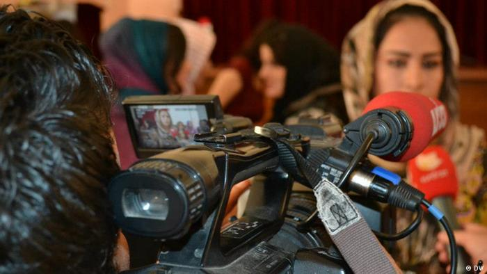 Iraqi TV broadcaster Foto: Munaf al-saidy, Irak, 2012