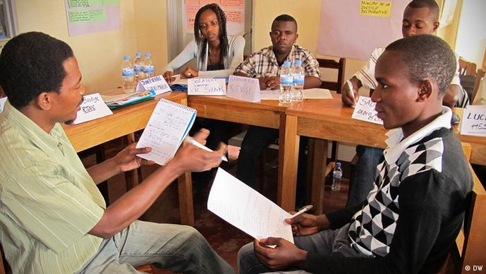 Seit 2008 führt die DW Akademie Trainings in der Demokratischen Republik Kongo mit dem Thema Konfliktsensitiver Journalismus durch (Foto: DW Akademie).