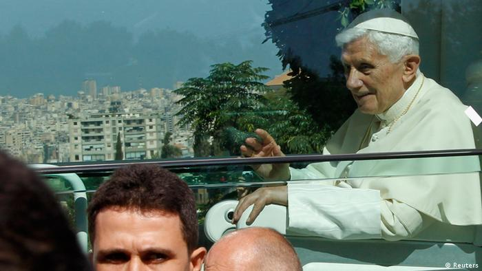 Benedict XVI arrives in his Pope Mobile vehicle at the Baabda Presidential Palace near Beirut. Photo: REUTERS/Mohamed Azakir