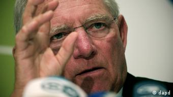 Archivfoto: Finanzminister Wolfgang Schäuble(AP Photo/Dimitri Messinis)