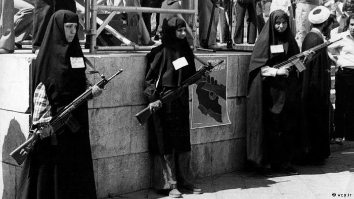 اولین قانون حجاب، ماده ۱۰۲ قانون تعزیرات در سال ۱۳۶۲ بود که بعدا در سال ۱۳۷۵ به صورت تبصرهای به ماده ۶۳۸ قانون مجازات اسلامی الحاق شد. طبق این تبصره زنانی که بدون حجاب شرعی در معابر و انظار عمومی ظاهر شوند به ۱۰ تا ۶۰ روز حبس یا ۵ تا ۵۰هزار تومان جزای نقدی محکوم میشوند.