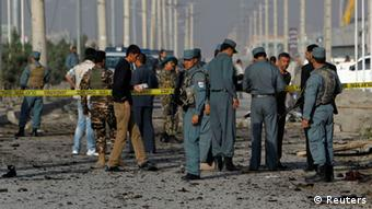 Afghan police arrive at the scene of a suicide attack in Kabul (Photo: REUTERS/Omar Sobhani)