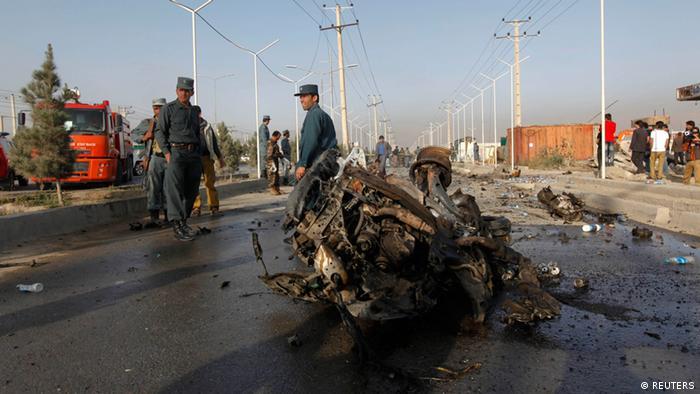 Nato soldiers arrive at the site of a suicide bomb attack in Kabul September 18, 2012. Photo: REUTERS/Mohammad Ismail