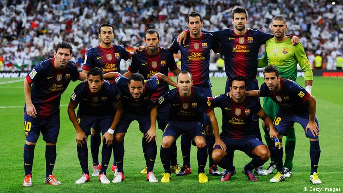 MADRID, SPAIN - AUGUST 29: (Back row L-R) Pedro Rodriguez, Javier Mascherano, Sergio Busquets, Gerard Pique, Victor Valdes (Front row L-R) Lionel Messi, Alexis Sanchez, Adriano Correia, Andres Iniesta, Xavi Hernandez, Jordi Alba of FC Barcelona pose for a team picture prior to the Super Cup second leg match betwen Real Madrid and FC Barcelona at Estadio Santiago Bernabeu on August 29, 2012 in Madrid, Spain. (Photo by David Ramos/Getty Images)