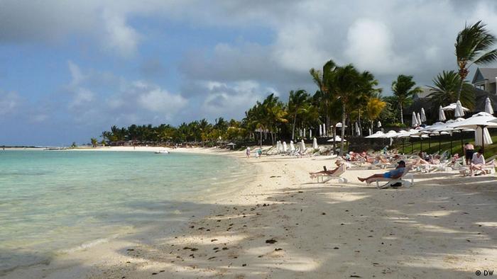 Strand auf Mauritius (DW/Miriam Klaussner)