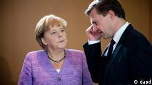 Beginn Kabinettssitzung Angela Merkel Steffen Seibert CDU Bundeskanzleramt Berlin