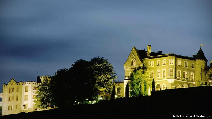 zeigt das Schloss Steinburg in Würzburg, copyright: Schlosshotel Steinburg