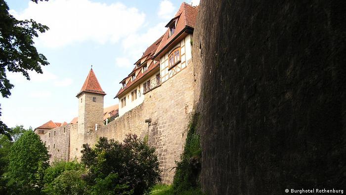 zeigt das Burghotel Rothenburg in Rothenburg ob der Tauber, copyright: Burghotel Rothenburg