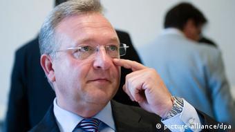 Berlins Innensenator Frank Henkel, CDU (foto:dpa)