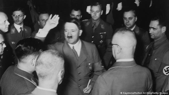 Hitler in München 25.02.1938