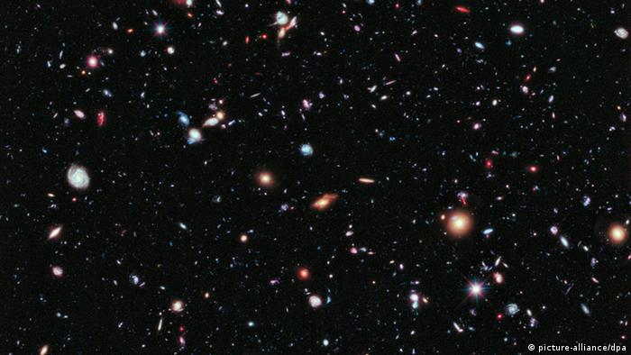 The eXtreme Deep Field image. Photo: NASA/ESA/G. Illingworth/D. Magee/P. Oesch/R. Bouwens/HUDF09 (dpa)