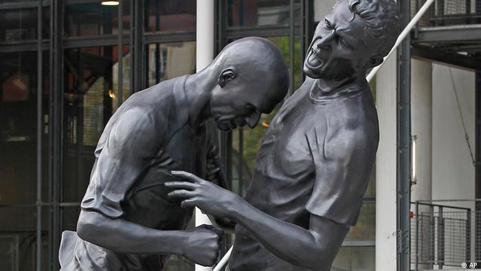 Zinedine Zidane Statue (AP)
