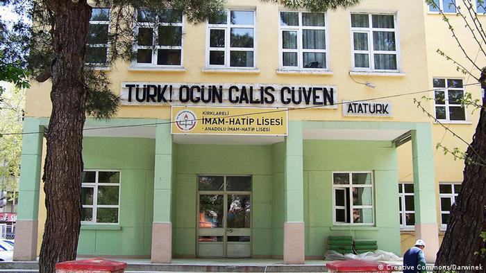 Salah satu sekolah Imam Hatip di Kirklareli, Turki.
