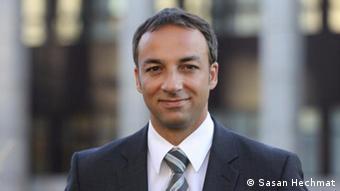 ساسان حشمت، حقوقدان ایرانی ساکن آلمان