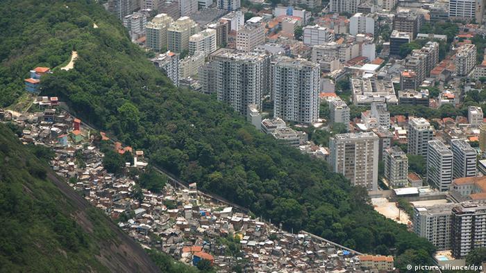 Sraz svjetova - favele pored bogatih četvrti Rija