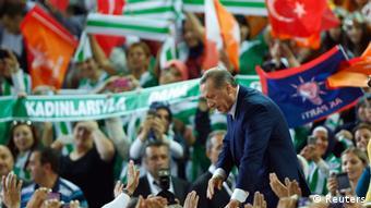 اردوغان به حرکت در مسیر تمامیتخواهی متهم میشود