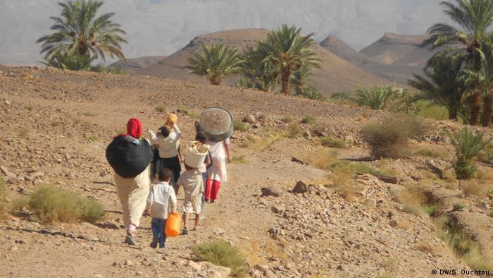Herausforderungen der Frauen in den Dörfern von Marokko