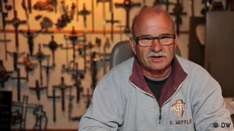 Egon Meffle, Bildhauermeister (Foto: DW/Per Henriksen)
