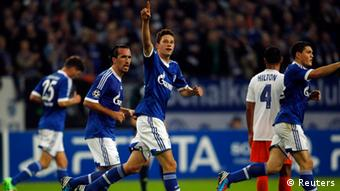 Draxler celebrates a goal against Montpellier (Photo: Reuters)
