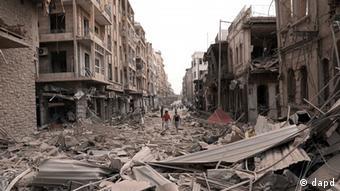 Zerstörter Straßenzug in Aleppo (Foto:AP Photo/SANA)