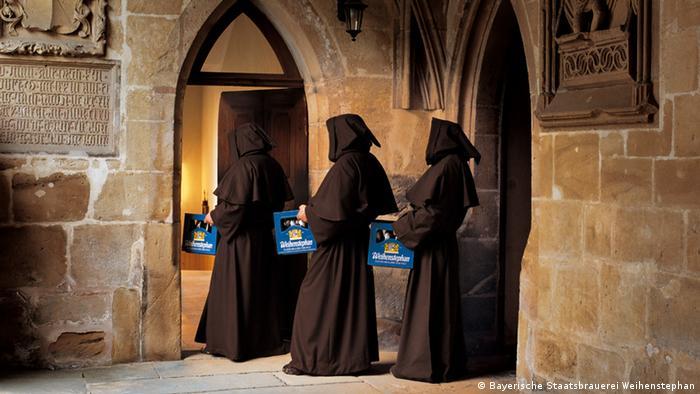 Redovnici u pivovari Weihenstephan