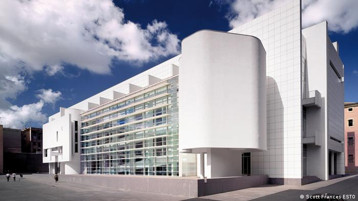 The Museum of Contemporary Art in Barcelona designed by Richard Meier