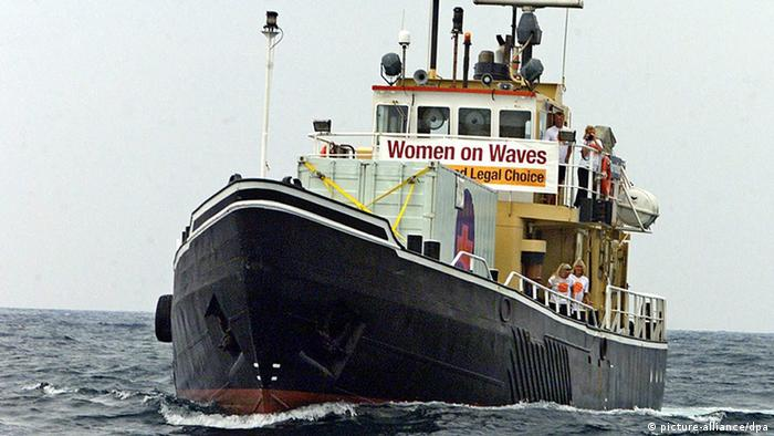 The Dutch boat Borndiep, a gynaecological clinic-ship belonging to the organisation Women on Waves, in international waters (Photo: Paulo Cunha dpa)