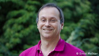 """Dr Ernst Molitor: """"Verovatnoća da Vi i ja nosimo tu bakteriju u nosu i grlu iznosi 30 do 40 odsto"""""""