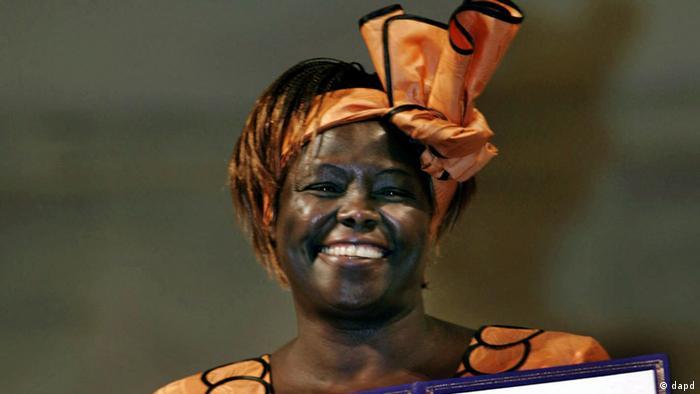 وانگاری ماتای به عنوان نخستین زن آفریقایی سال ۲۰۰۴ موفق به دریافت نوبل صلح شد. این پروفسور کنیایی به پاس خدمات خود در زمینه توسعه، دموکراسی، صلح، مبارزه برای حقوق زنان و همچنین تلاش بیوقفه برای حفاظت از محیطزیست جایزه نوبل صلح را دریافت کرد. وانگاری ماتای که ۲۵ دسامبر ۲۰۱۱ درگذشت مادر درختان لقب گرفته بود.