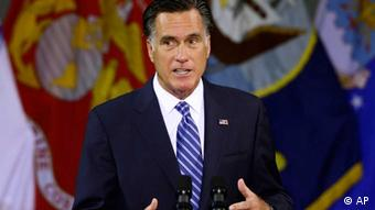 Republican presidential candidate, former Massachusetts Gov. Mitt Romney delivers a foreign policy speech at Virginia Military Institute (VMI) in Lexington, Va., Monday, Oct. 8, 2012. (Foto:Charles Dharapak/AP/dapd)