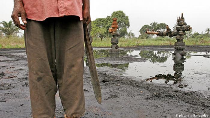 Niger Delta oil spill Photo by Mark Allen Johnson/ZPress